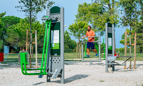 Keeping in shape with outdoor fitness