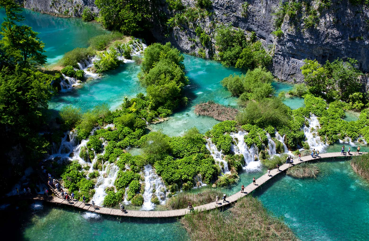 Hiking in stunning nature - Plitvice Lakes National Park