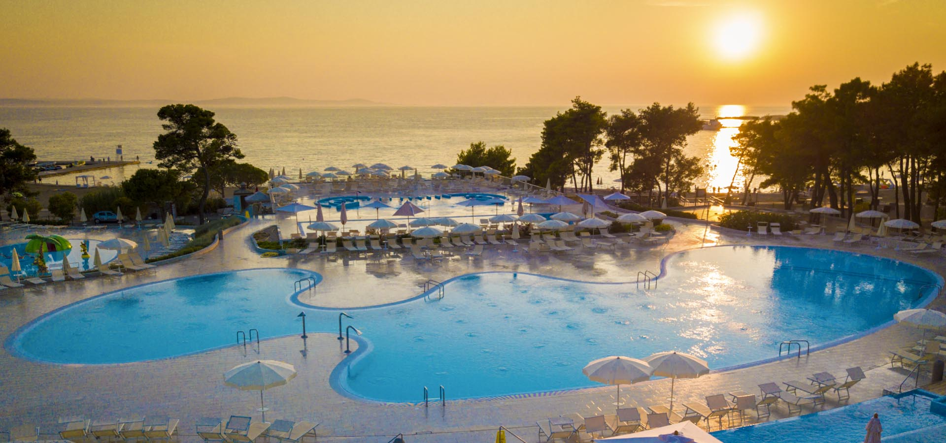 Zaton Holiday Resort - official webpage